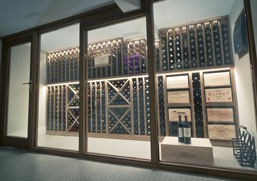 Wine cellar made with redwood carlo garn for Wine cellar layout