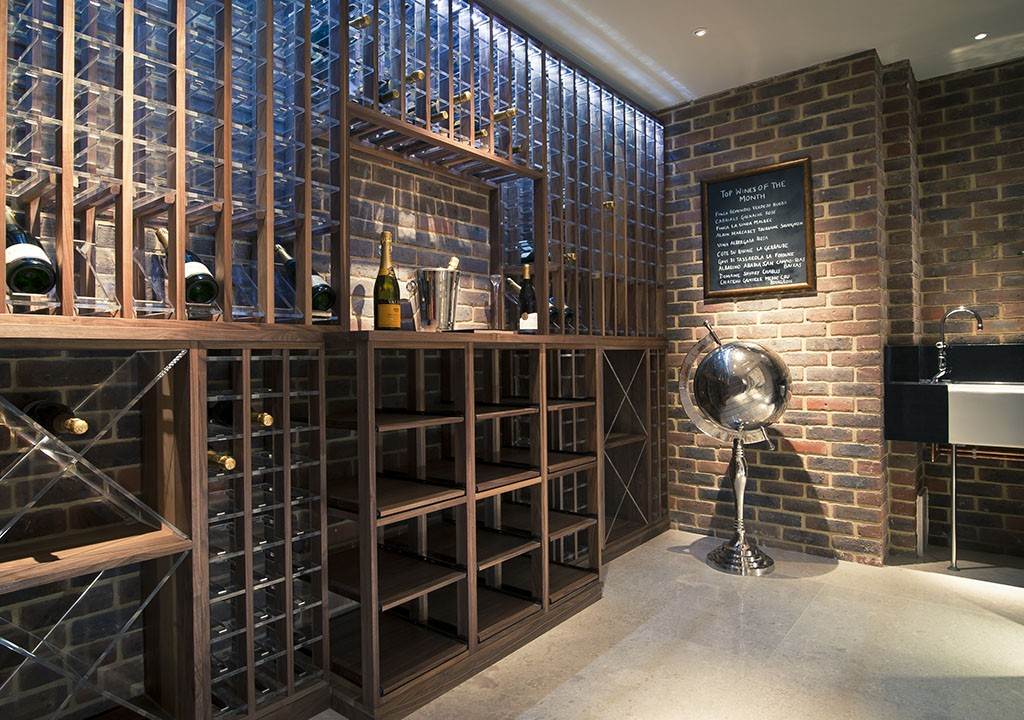 Wine cellar made in walnut example 1 carlo garn for Wine cellar layout